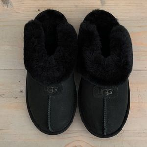 UGG COQUETTE BLACK SHEEPSKIN  SLIPPERS NIB